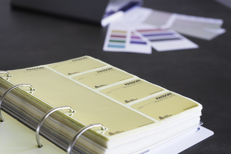 vzorník materiálů label design
