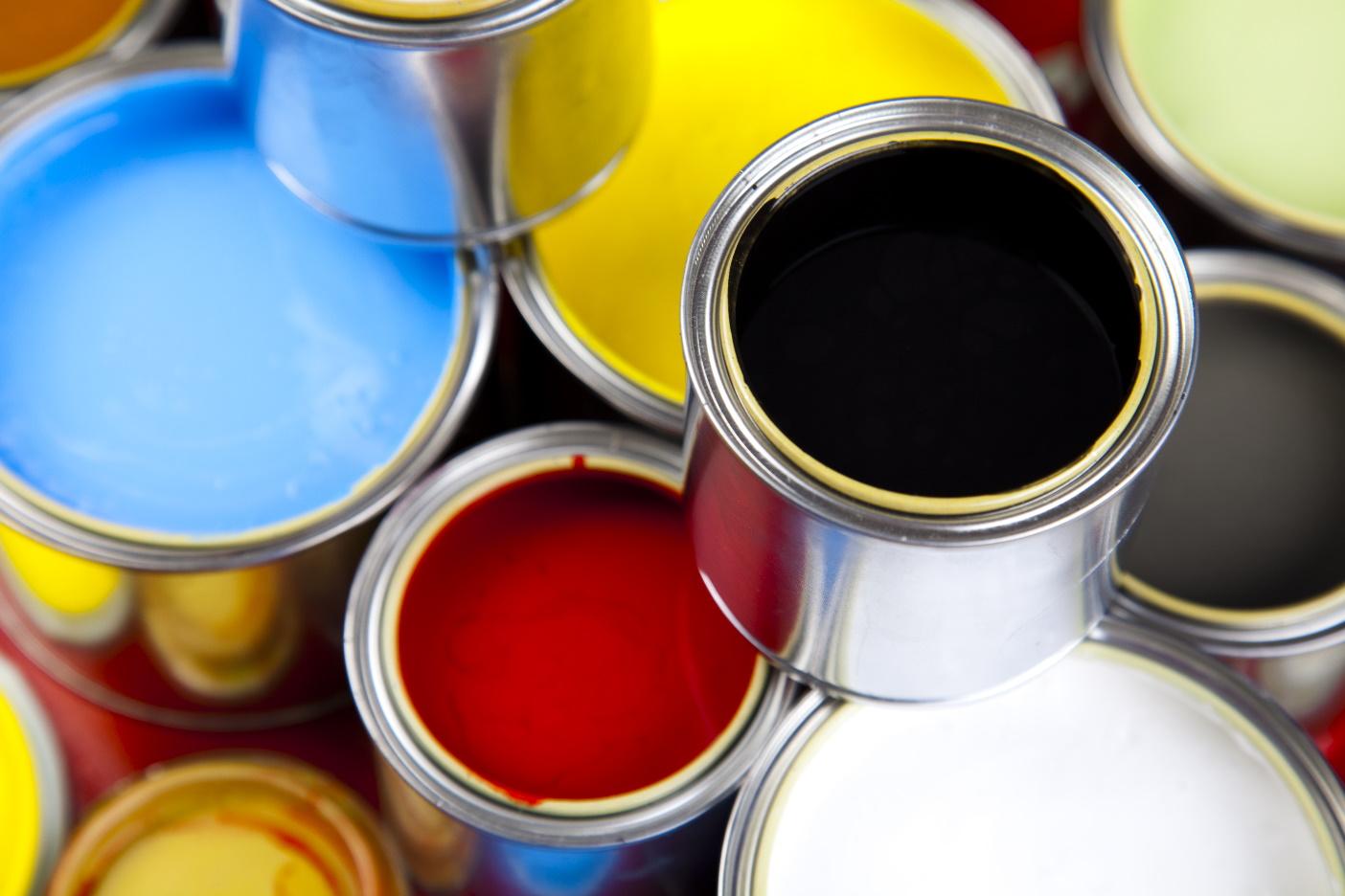 plechovky barev tisk label design